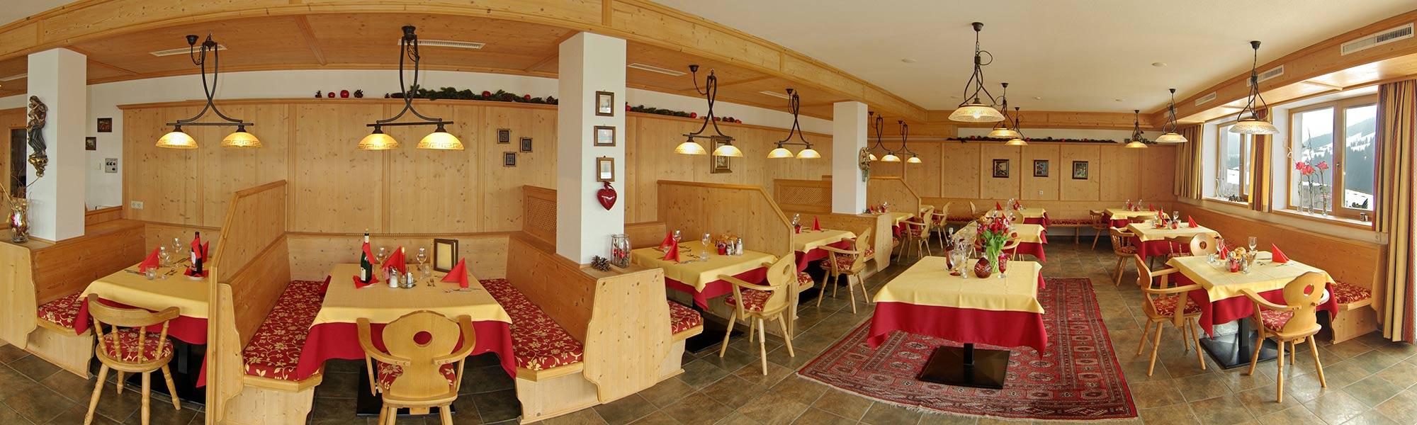 Frühstück bei Familie Bischofer Urlaub in Alpbach